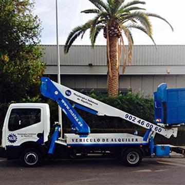 alquila camion cesta